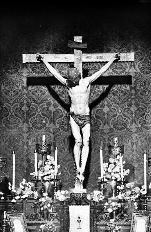 Cristo de la Misericordia en su capilla a mediados del siglo XX